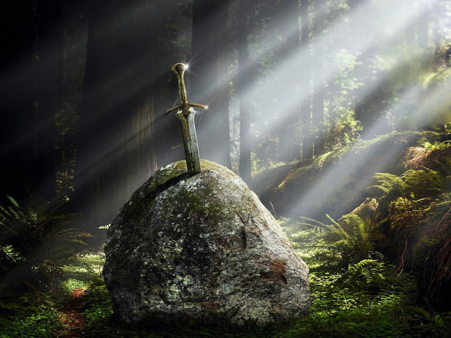 https://i1.wp.com/www.weapons-universe.com/Swords/Movie_Swords/Excalibur-Stone.jpg