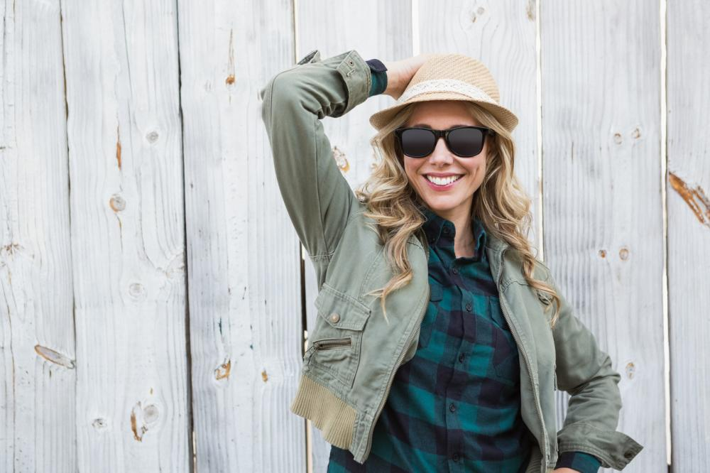Wooden Sunglasses – Stylish Accessories with Eco-Friendly Benefits