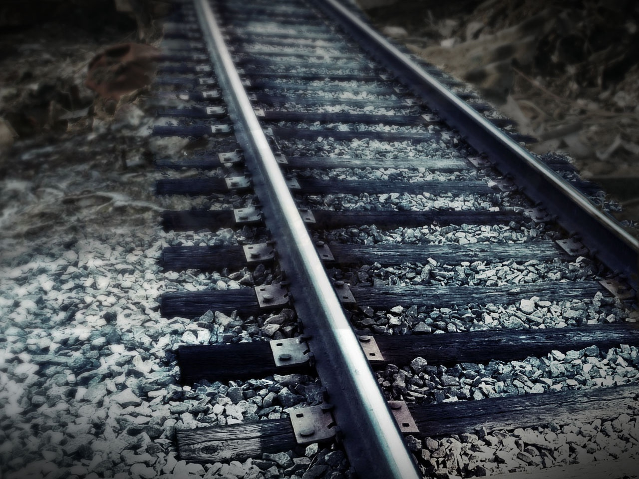 train rails_1544646219247.jpg.jpg