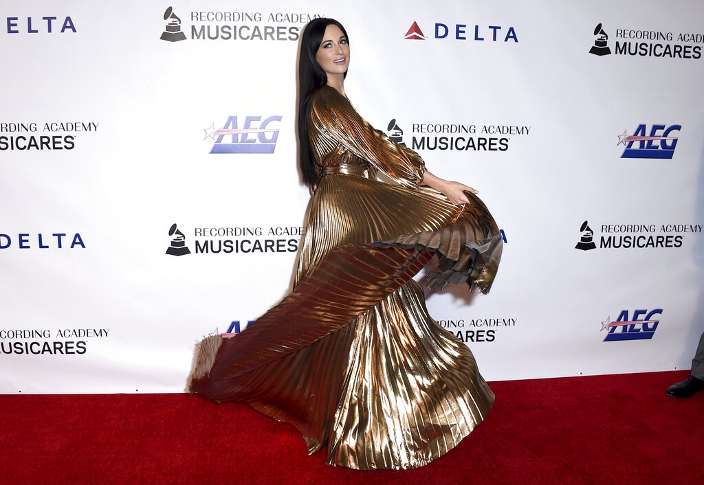 2019 MusiCares Person of the Year - Arrivals_1549849082297