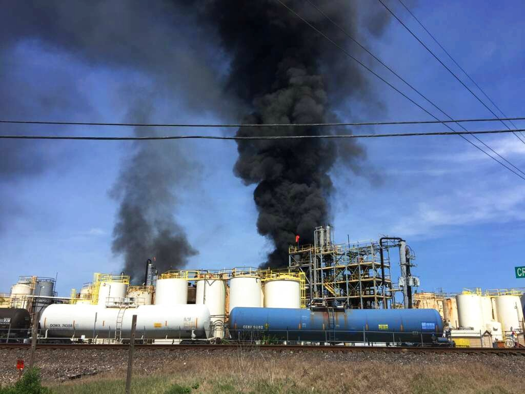 Chemical Plant Fire_1554242816388