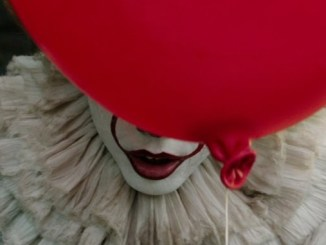 Bill Skarsgard Pennywise in IT Movie 2017