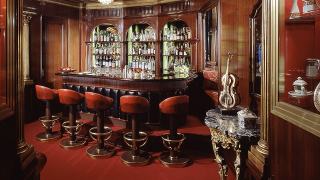 Best Hotel Bars - Hassler Bar_3281411055953223-159532