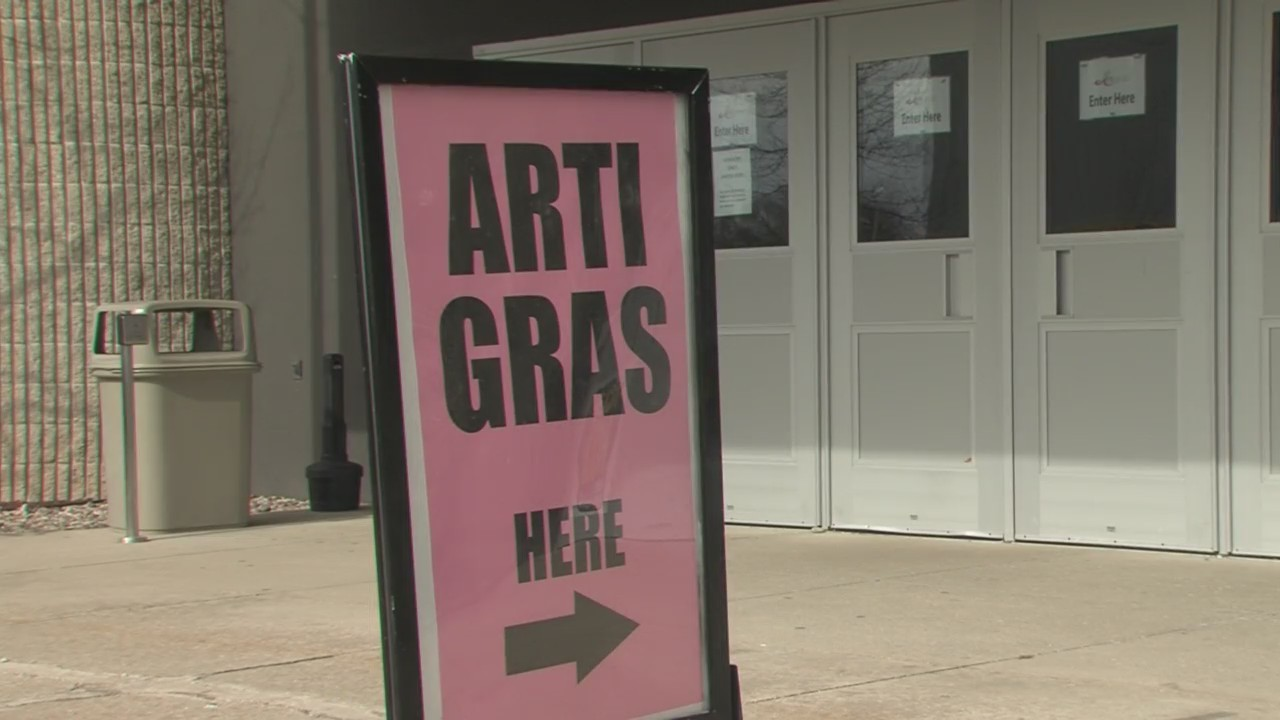 Anyone who enjoys art will want to check out Shopko Hall Saturday and Sunday for ArtiGras.