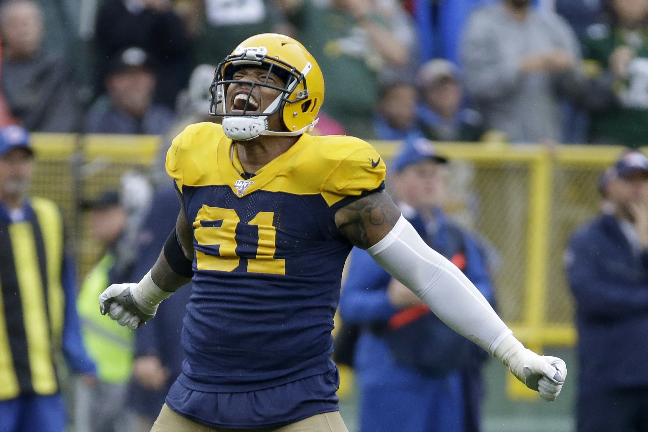 best website c8c71 5a74a Packers remain unbeaten with 27-16 win over Broncos ...