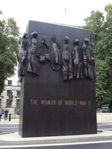 Women_of_World_War_II_memorial,_Whitehall_-_DSC08095