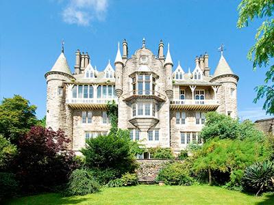 Chateau Rhianfa