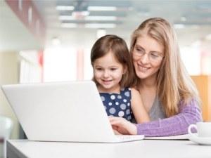 Working mother - Via Shutterstock