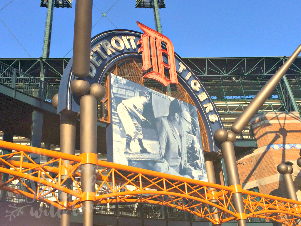 detroit-tigers-game-comerica-park-2