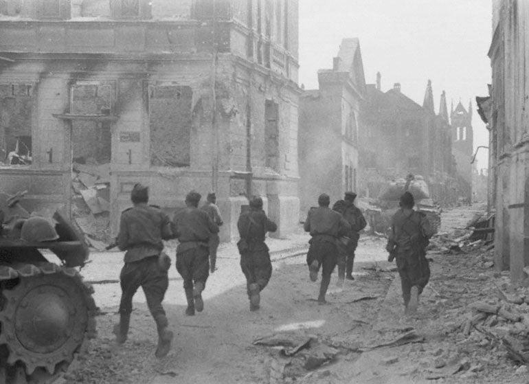 Soviet soldiers 1st Baltic Front Jelgava