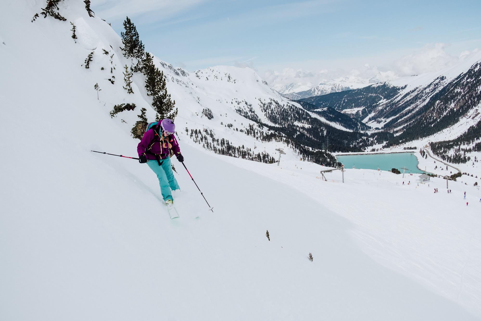 Cat Ekkelboom-White Off-piste skiing in Kuhtai in Austria by Menno Ekkelboom