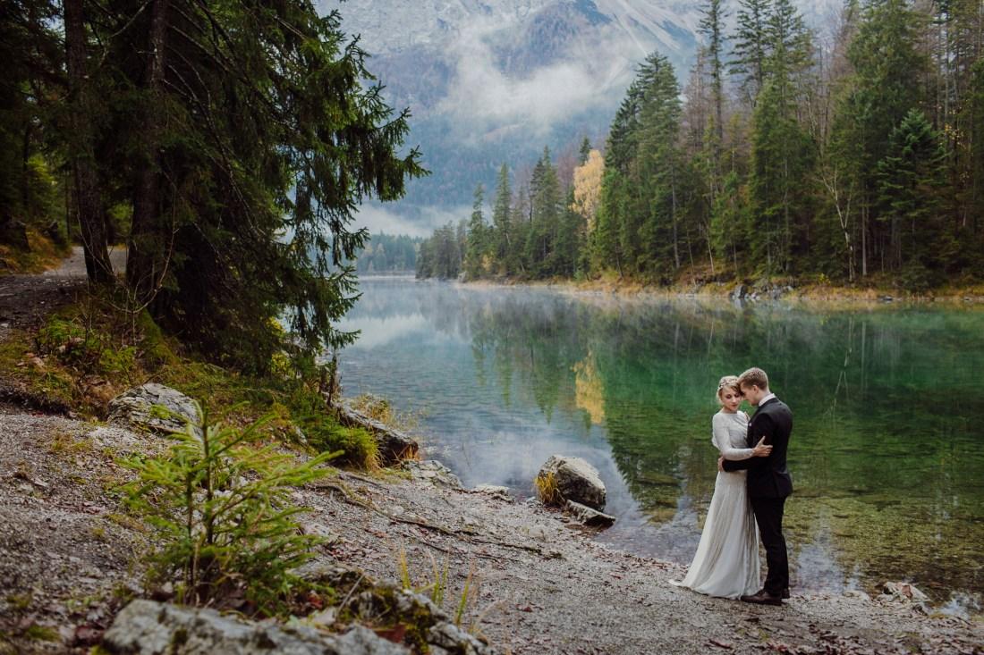 Get married on Lake Eibsee in Germany
