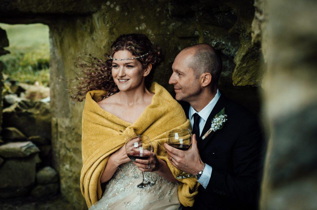 elopement in ireland, Dramatic Castle Elopement in Ireland