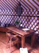 Binnenin de yurt