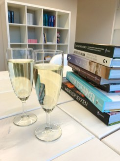 Boek backpack bestemmingen tekenen kosmos champagne