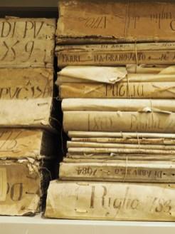 boeken in het archief van napels