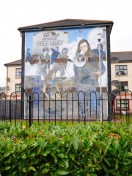 Derry murals you are now entering free derry