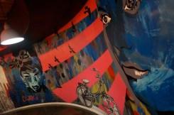 Graffiti op de muren clink78 hostel