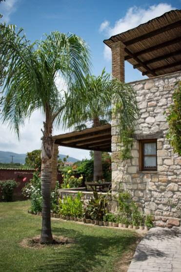 Grantzaos Villas Eliza was here tuin-2