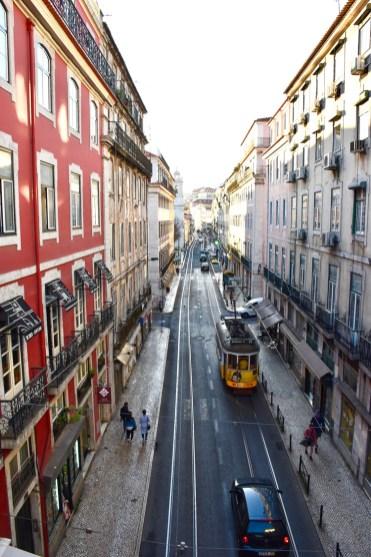 Lissabon tram view miradouro-2