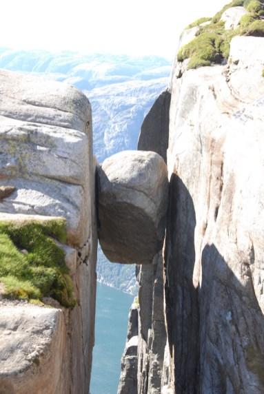 Noorwegen Kjeragbolten Boulder