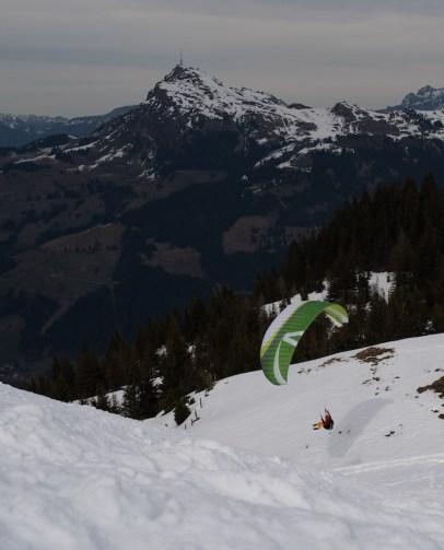 Paragliden kitzbuheler alpen oostenrijk
