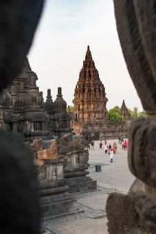 Prambanan tempel yogyakarta doorkijk