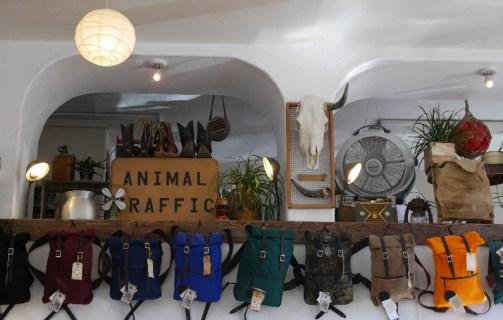 Shoppen Animal Traffic Portland