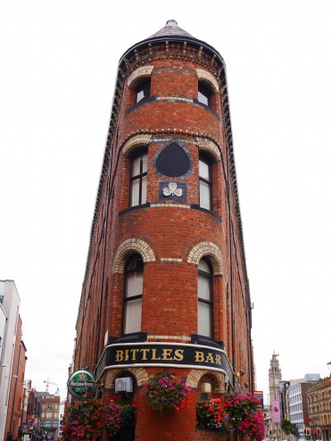 Smalste Pub Belfast Bittles bar
