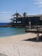 Strand van het Avila hotel