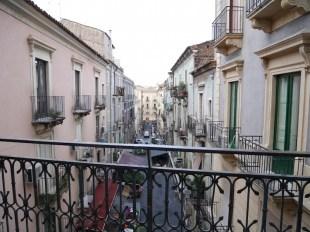 Uitzicht straatjes catania sicilie