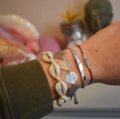 WeAreTravellers armbandje