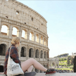 WeAreTravellers tas in rome kim