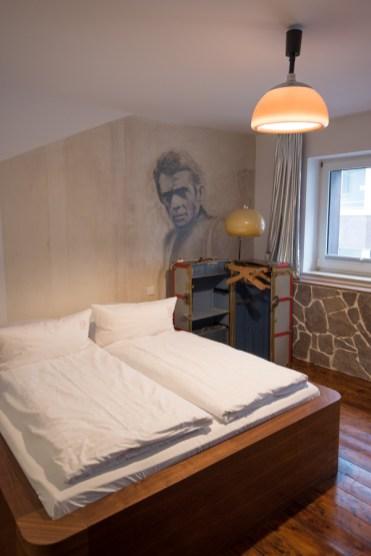 Winter keulen hotel 18arts kamer steve mcqueen