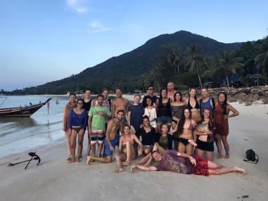 Yoga teacher training in thailand hele groep bij elkaar marleen