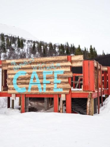 activiteit lapland skiën cafe lunch tipi