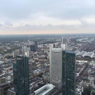 frankfurt-vanaf-rooftop