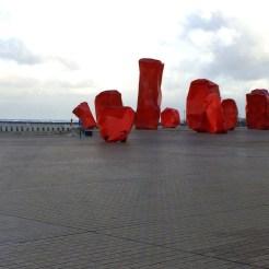 rode blokken kunst oostende