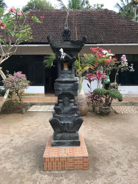tempel putu's huis
