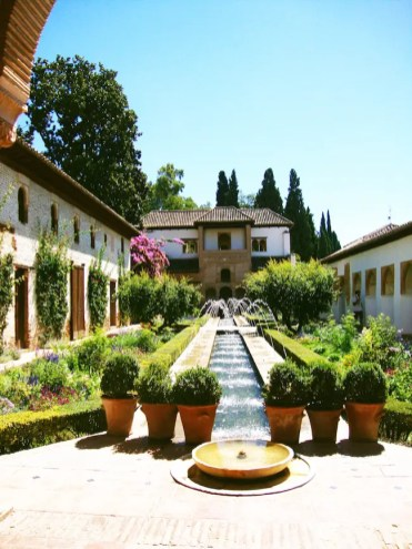 tuinen bij het Alhambra in Granada