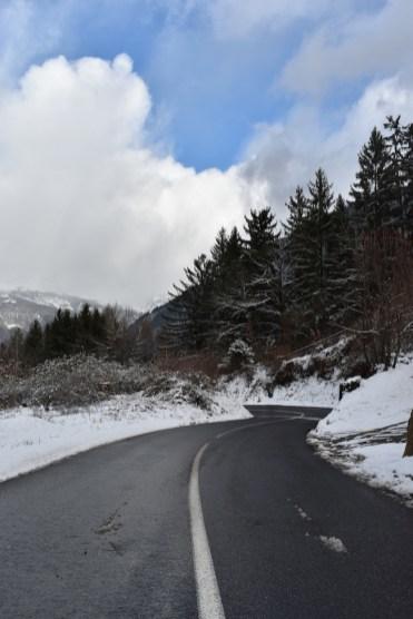 weg naar skigebied saint gervais