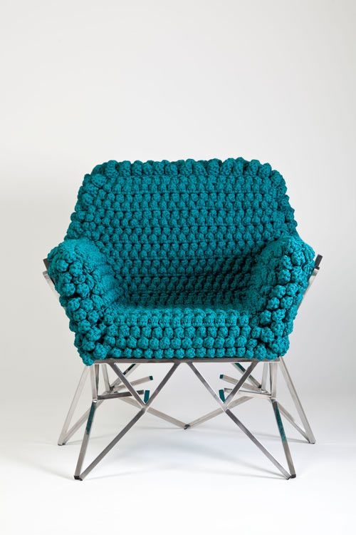 Nicole Tomazi chair