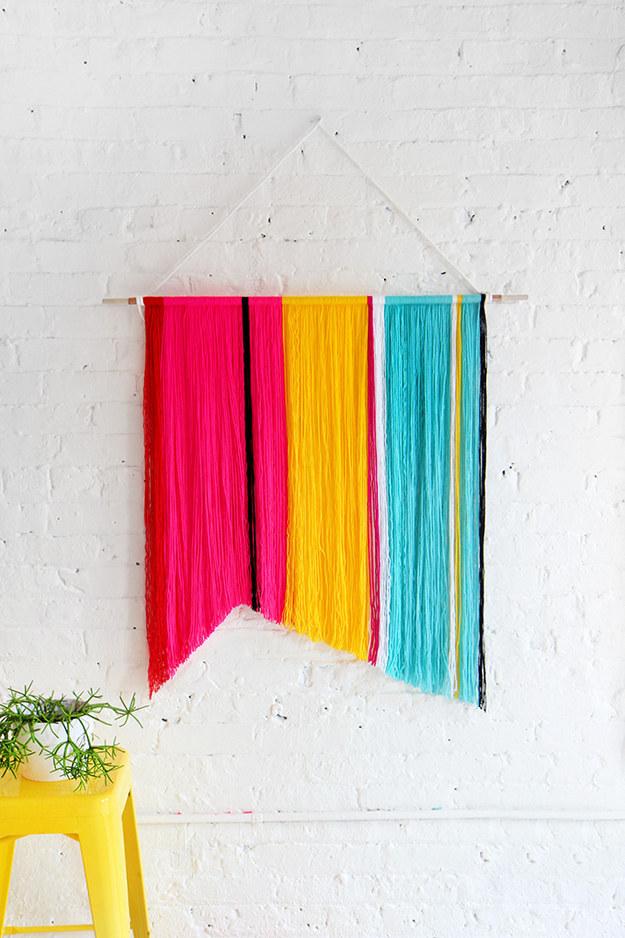yarn wall hanging idea