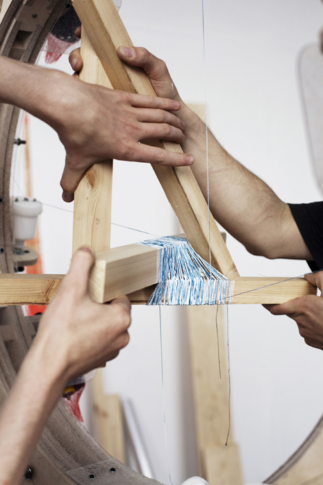 anton_alvarez thread wrapping machine working detail
