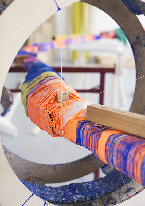 anton_alvarez thread wrapping machine working detail 02