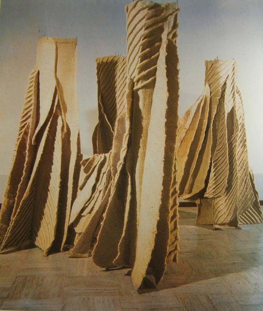 Jagoda Buic sculpture