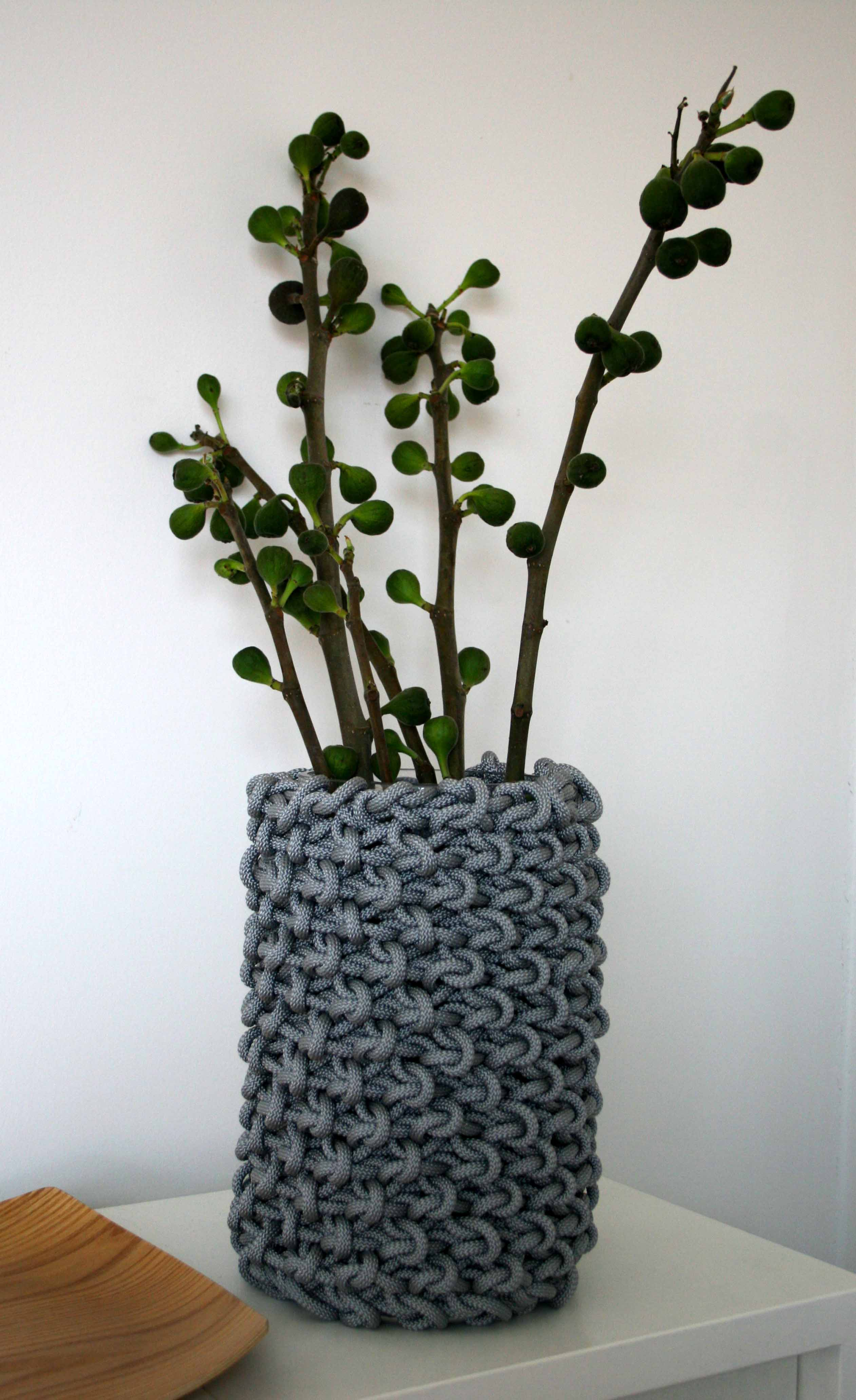 thread architecture rope sleeve grey