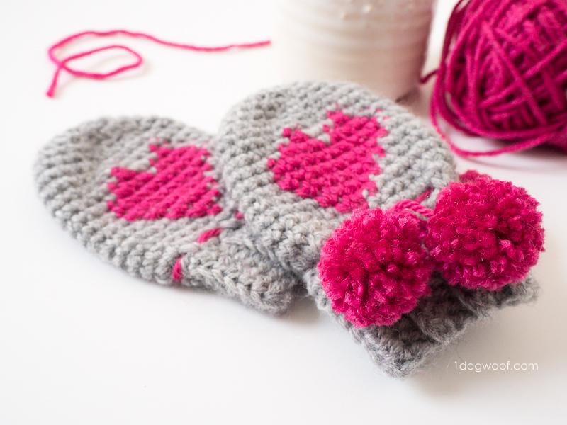 Valentine's Yarn crochet heart mittens