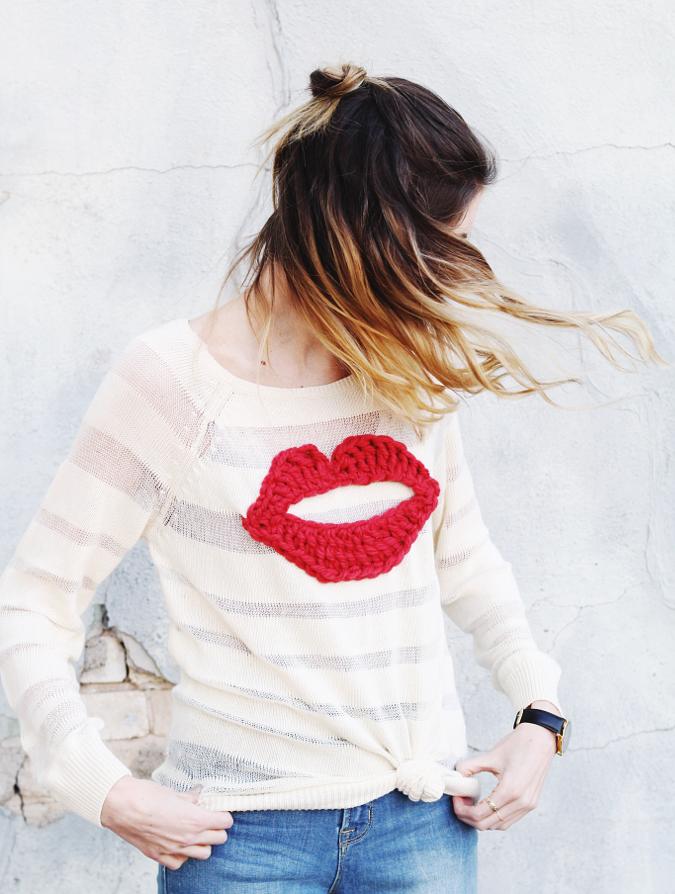 Valentine's Yarn crochet lip sweater 02