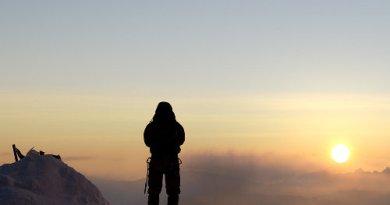 Vetta Everest